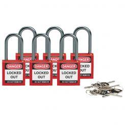 Компактные блокирующие замки, дужка - алюминий, высота дужки 38 мм, диаметр дужки 4.7 мм, цвет - красный, 1 ключ, электроизолированная личина, хим.(упак/4 шт.)