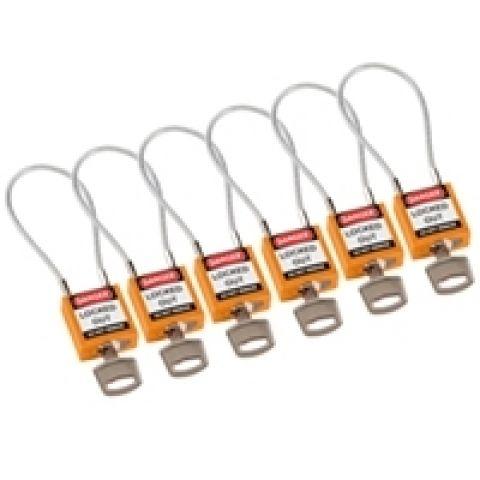 Компактные блокирующие замки, гибкая стальная дужка в ПВХ изоляции, высота дужки 100 мм, диаметр дужки 4.7 мм, цвет - оранжевый, 1 ключ,