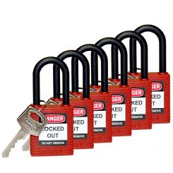 Замок безопасности Brady, нейлоновые корпус и дужка. Высота дужки 38 мм, диаметр дужки 6,5 мм, цвет - красный, 1 ключ, рекомендован для работ при