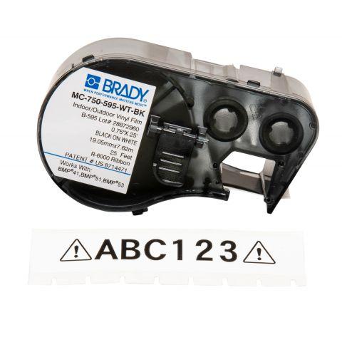 Brady MC-750-595-WT-BK лента 19.05мм/7.62м, универсальный винил. (черный на белом)